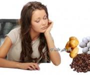 تخم مرغ ها سیب زمینی ها و دانه های قهوه
