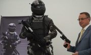 پلیس آهنی یا سرباز روسی؟