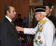 اعطای مدال افتخار به مربی ایرانی تیم ملی کاراته مالزی