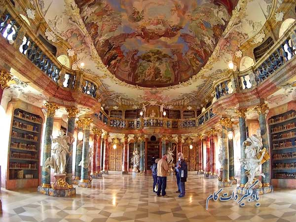 کتابخانه صومعه سنتگالن در سوئیس