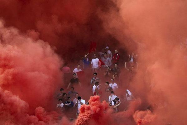 طرفداران جنجالی فوتبال اروپا دلیه
