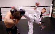 فیلم مبارزه تکواندو در برایر موتای