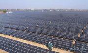 بزرگترین نیروگاه تولید انرژی خورشیدی جهان را میسازد