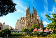 کلیسای ساگرادا فامیلیا در اسپانیا