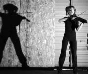 موزیک ویدیوی سایه ها موسیقی زیبا ویلیون