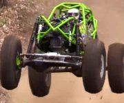 مسابقه خودروهای چهارچرخ حرفه ای در یک شبی تند خطرناک
