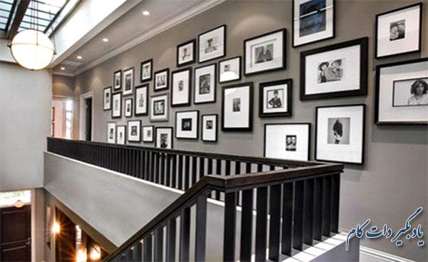 نصب عکس در دیوار راه پله