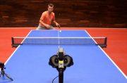 مسابقه قهرمانان تنیس روی میز و یک ربات