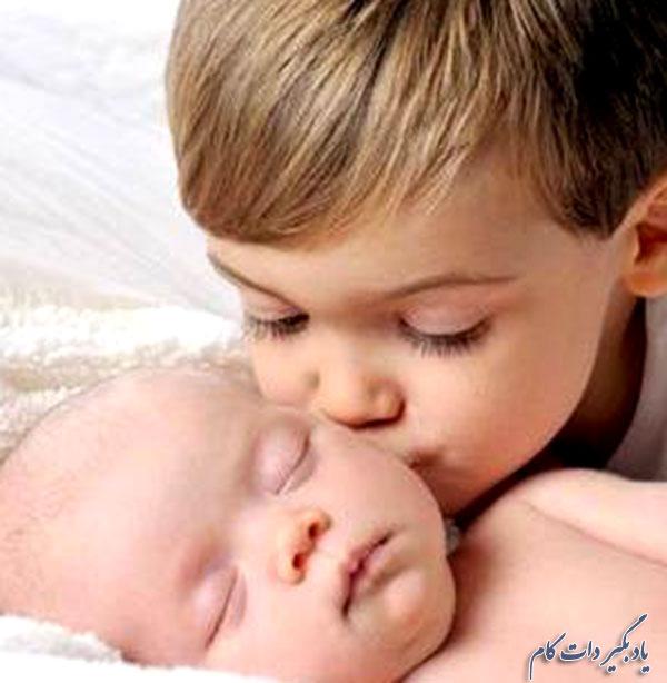 واکنش های کودک در سنین مختلف، در برابر تولد نوزاد جدید