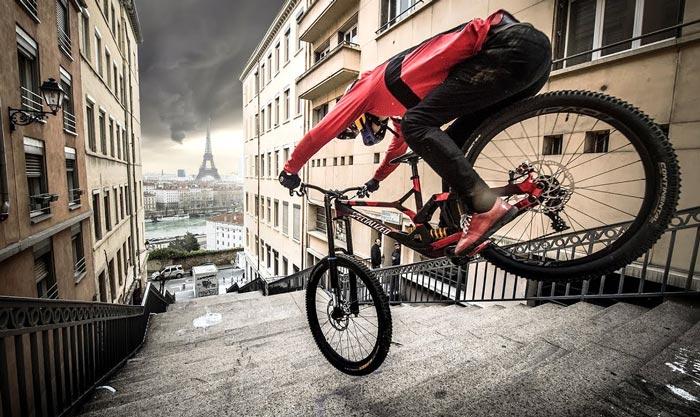 دوچرخه سواری آزاد شهری