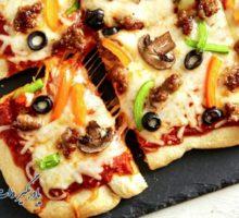 پیتزای خانگی با خمیر جادویی